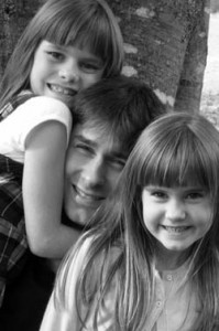 Daddy's little girls, Jules and Abby, enjoy time with their father, Jason Keenan.
